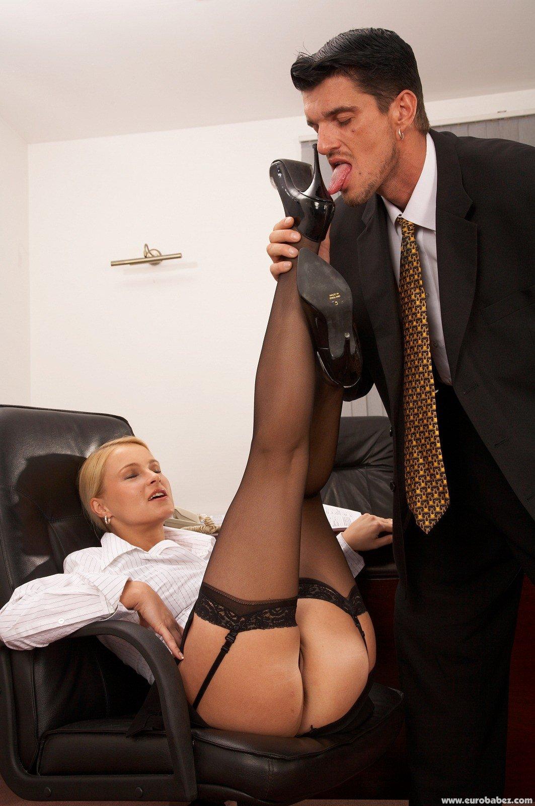 Шеф отрахал свою секретаршу 7 фотография